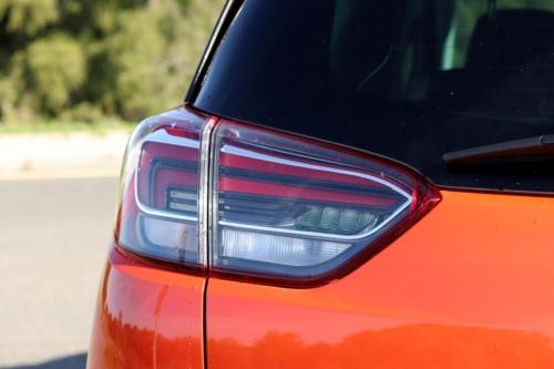 Opel crossland x 2020 (5)