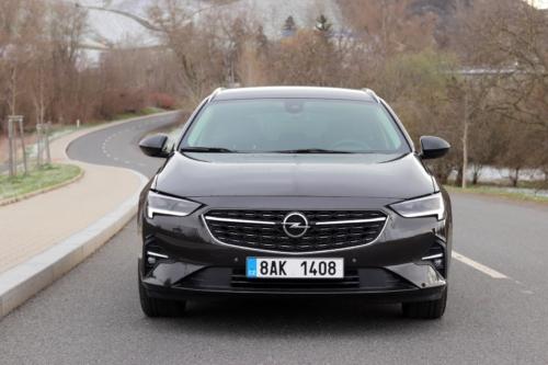Opel Insignia Sports Tourer 2021 (12)