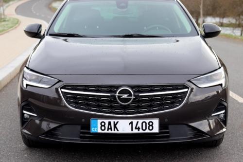 Opel Insignia Sports Tourer 2021 (13)