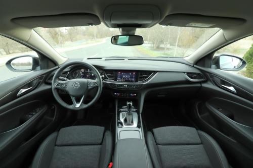 Opel Insignia Sports Tourer 2021 (26)