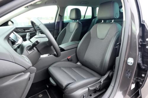 Opel Insignia Sports Tourer 2021 (28)