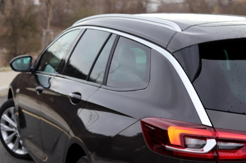 Opel Insignia Sports Tourer 2021 (3)