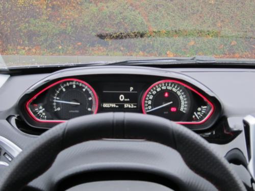 Peugeot 2008 GT (10)