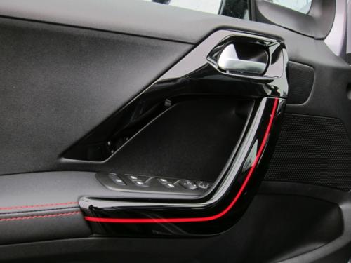 Peugeot 2008 GT (13)
