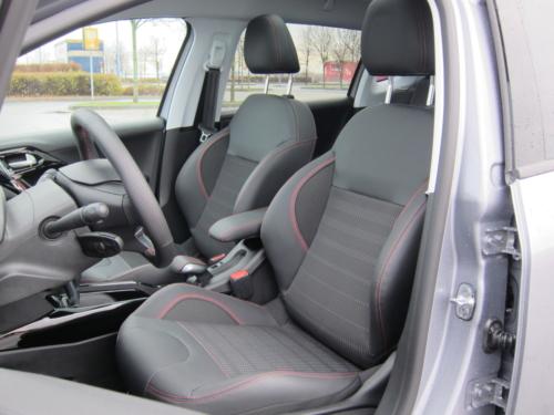 Peugeot 2008 GT (15)