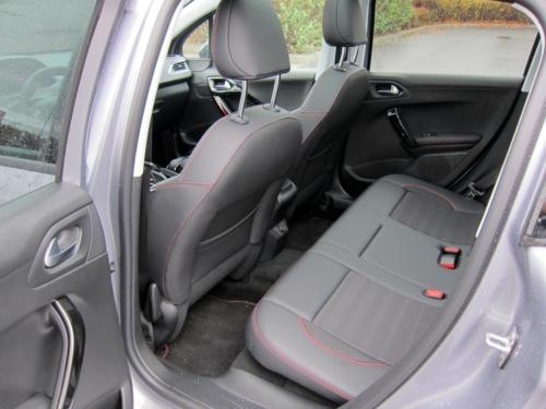 Peugeot 2008 GT (2)