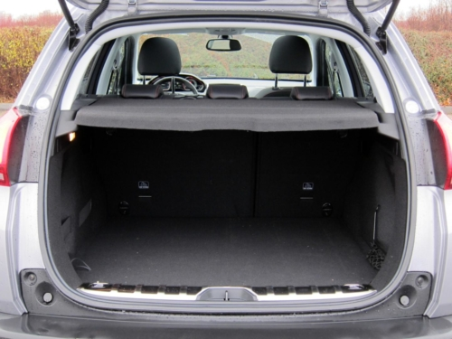 Peugeot 2008 GT (39)