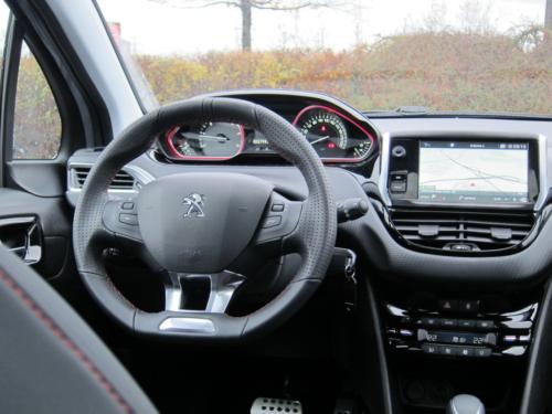 Peugeot 2008 GT (6)