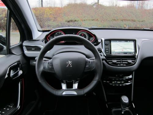 Peugeot 2008 GT (9)