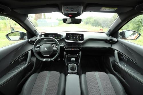 Peugeot 2008 GT (32)