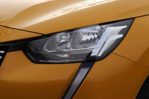 Peugeot 208 Active 2020 (13)