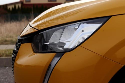 Peugeot 208 Active 2020 (14)