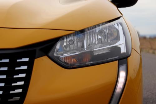Peugeot 208 Active 2020 (16)