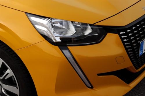 Peugeot 208 Active 2020 (20)