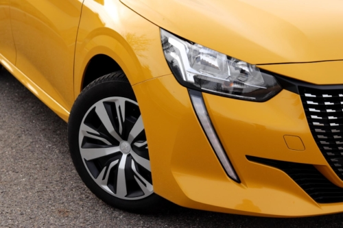 Peugeot 208 Active 2020 (23)