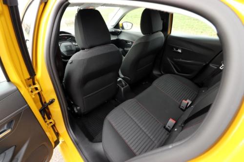 Peugeot 208 Active 2020 (33)
