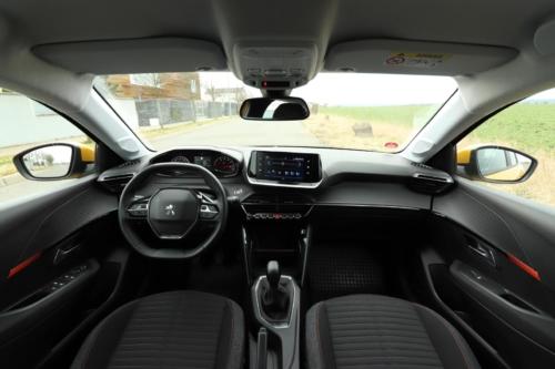 Peugeot 208 Active 2020 (35)