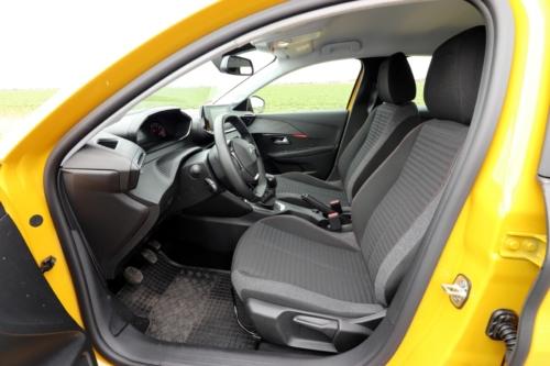 Peugeot 208 Active 2020 (39)