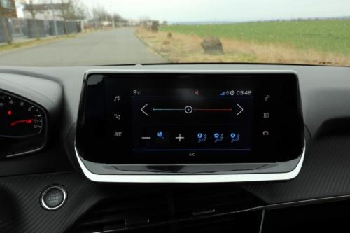 Peugeot 208 Active 2020 (44)