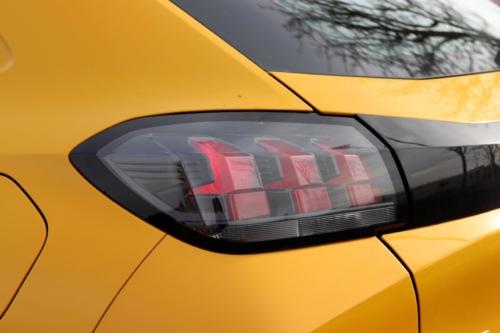 Peugeot 208 Active 2020 (5)