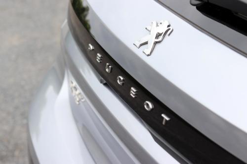 Peugeot 208 GT Line (42)