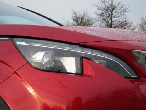 Peugeot 3008 GT (2)