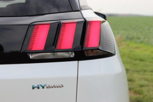 Peugeot 3008 hybrid4 (26)