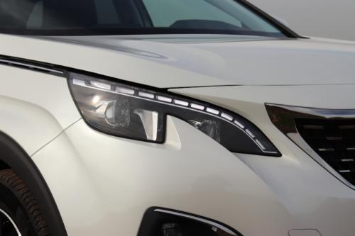 Peugeot 3008 hybrid4 (37)