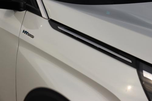 Peugeot 3008 hybrid4 (41)