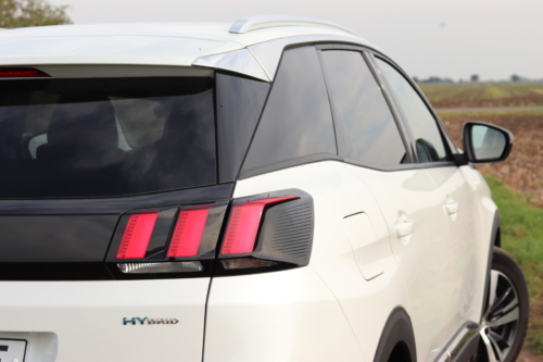 Peugeot 3008 hybrid4 (49)