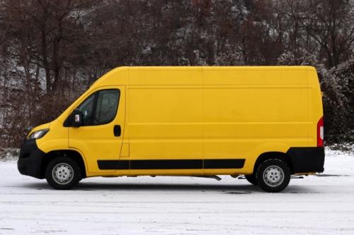Peugeot Boxer 2021 (8)