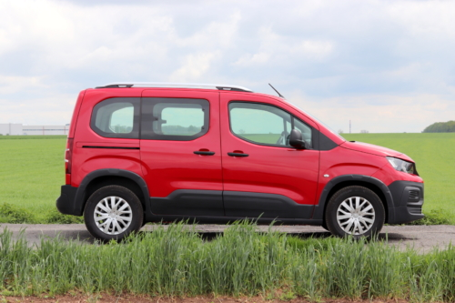 Peugeot Rifter 2019 (3)