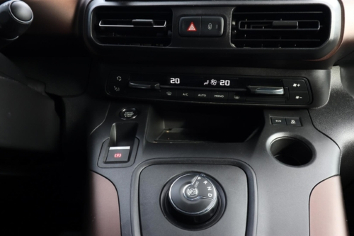 Peugeot Rifter Long 2020 (39)