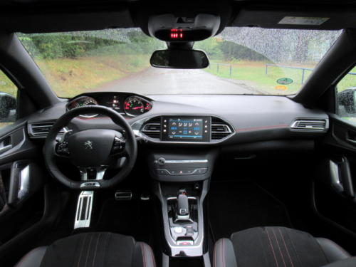 Peugeot 308 SW GT 2018 (34)