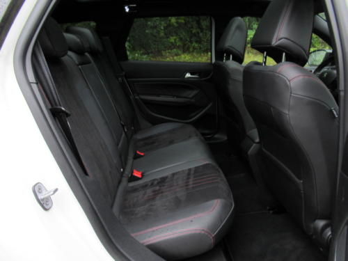 Peugeot 308 SW GT 2018 (42)