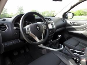 Renault Alaskan 2,3 dci 4x4 2018 (24)