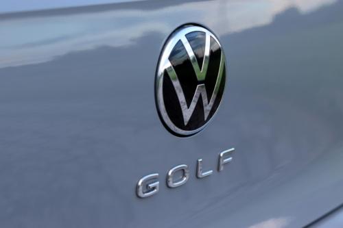 Volkswagen Golf VIII (122)