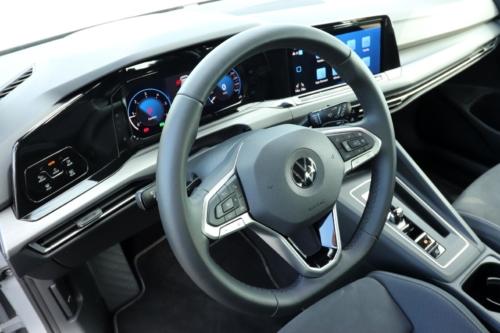 Volkswagen Golf VIII (22)