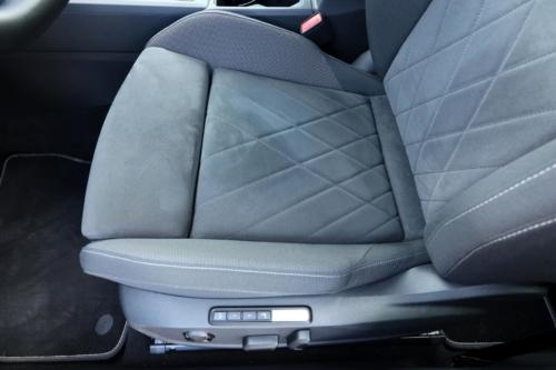 Volkswagen Golf VIII (30)