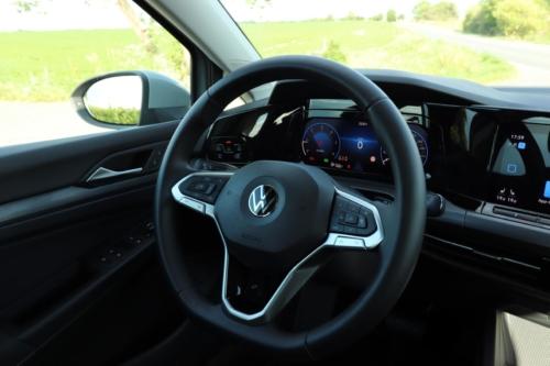 Volkswagen Golf VIII (46)