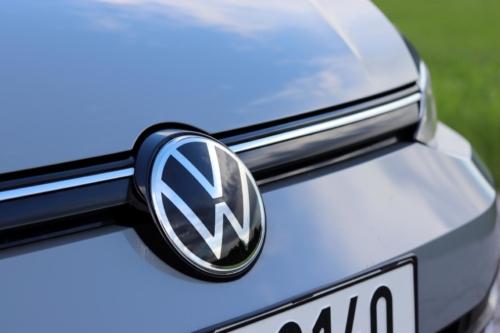 Volkswagen Golf VIII (81)