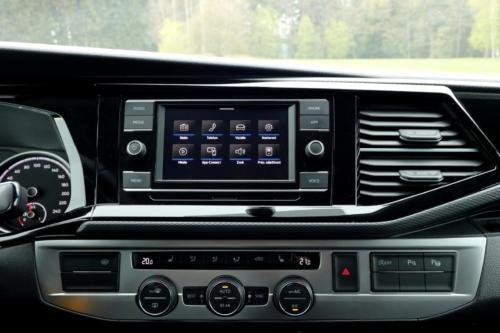 Volkswagen Multivan Bulli 2020 (14)