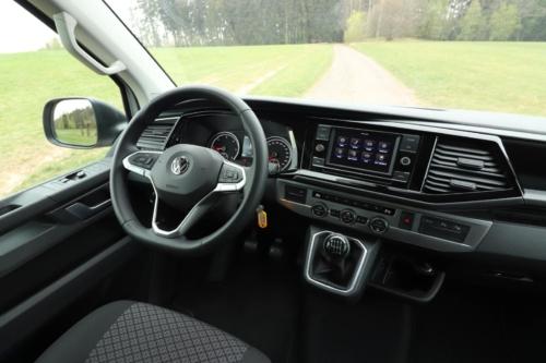 Volkswagen Multivan Bulli 2020 (15)