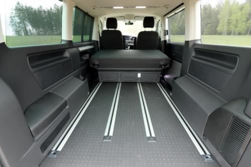 Volkswagen Multivan Bulli 2020 (2)