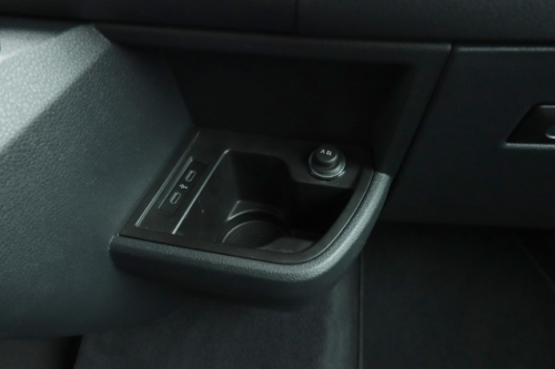 Volkswagen Multivan Bulli 2020 (23)