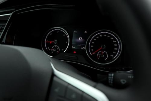 Volkswagen Multivan Bulli 2020 (24)