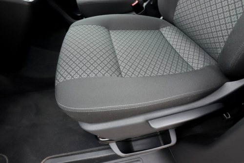 Volkswagen Multivan Bulli 2020 (25)