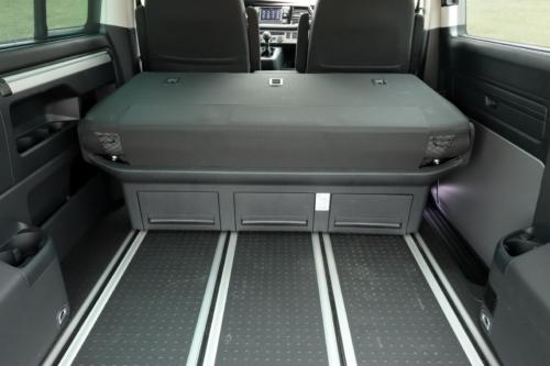 Volkswagen Multivan Bulli 2020 (3)