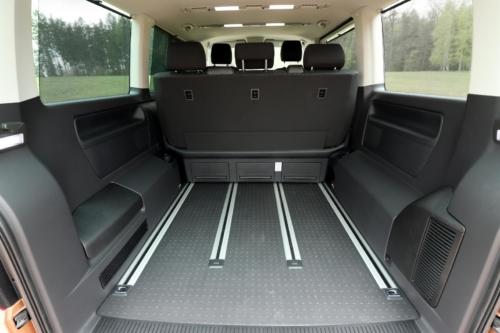 Volkswagen Multivan Bulli 2020 (4)