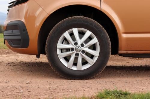 Volkswagen Multivan Bulli 2020 (43)